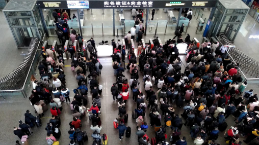 这个春节能回家吗?人员大规模流动,疫情会进一步反弹吗?